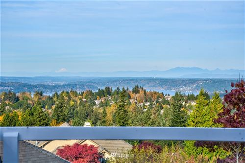 Photo of 5583 171st Avenue SE, Bellevue, WA 98006 (MLS # 1683561)