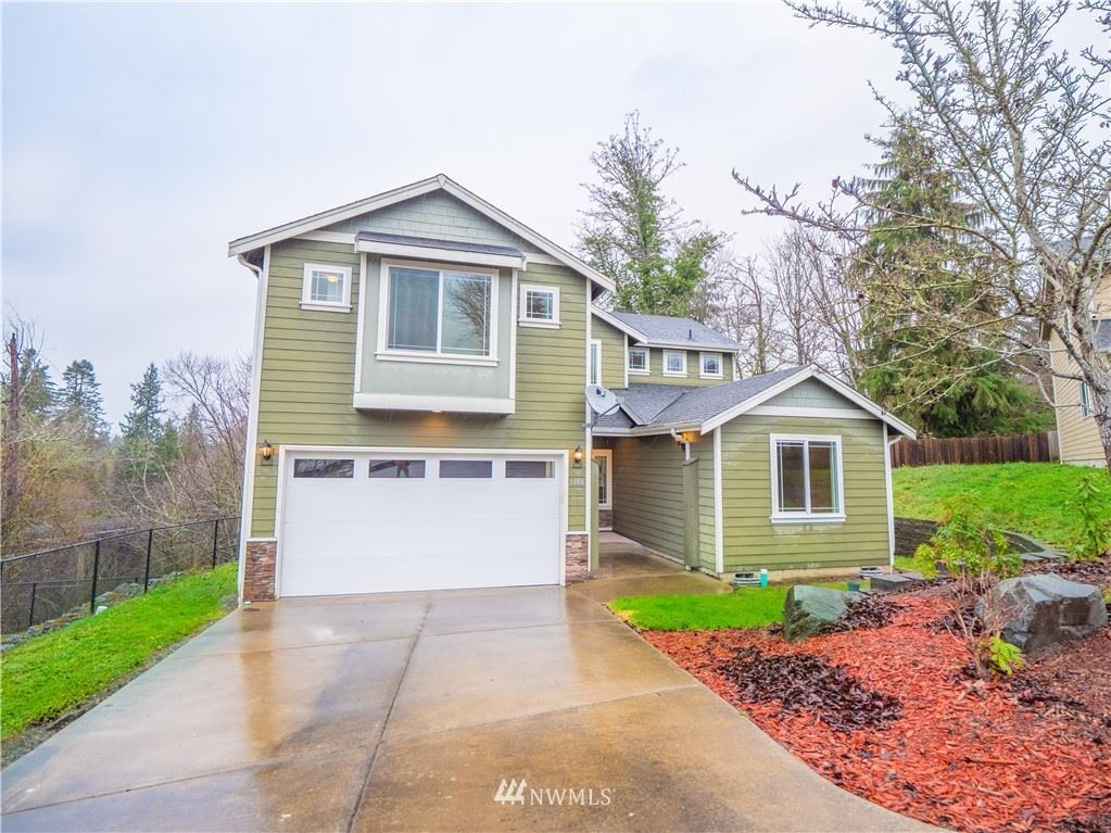 Photo of 1606 S 253rd Place, Des Moines, WA 98198 (MLS # 1713564)