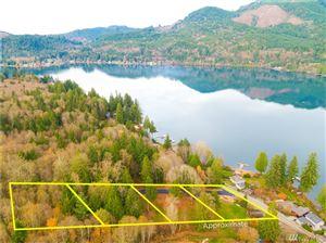 Photo of 491 W Lake Samish Dr, Bellingham, WA 98229 (MLS # 1541565)
