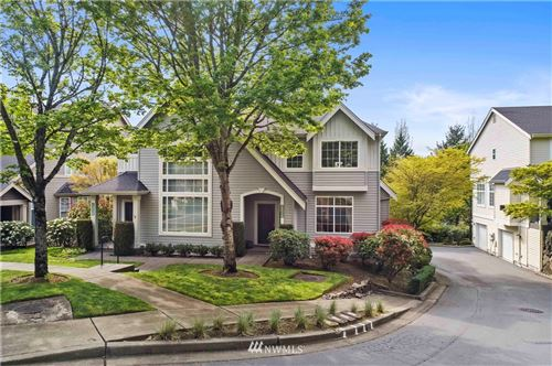 Photo of 6571 161st Avenue SE #B, Bellevue, WA 98006 (MLS # 1767566)