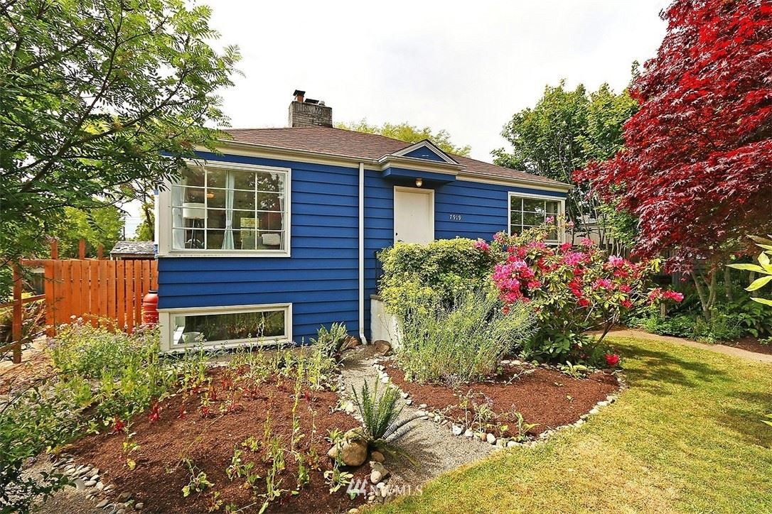 Photo of 7919 34th Avenue SW, Seattle, WA 98126 (MLS # 1775566)