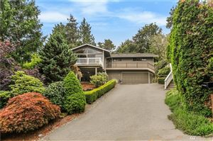 Photo of 5429 NE 200th Place, Lake Forest Park, WA 98155 (MLS # 1491567)