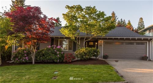 Photo of 11522 NE 139th Place, Kirkland, WA 98034 (MLS # 1694568)