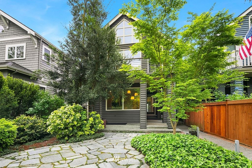 Photo of 1626 38th Avenue E, Seattle, WA 98112 (MLS # 1777569)