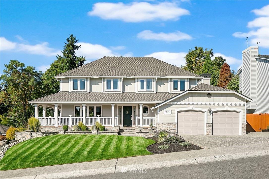 Photo of 13620 SE 18th Street, Bellevue, WA 98005 (MLS # 1844569)