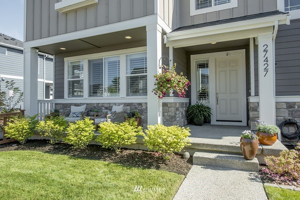Photo of 27427 14th Place S, Des Moines, WA 98198 (MLS # 1791570)