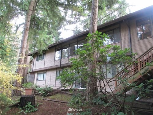 Photo of 15612 SE 42nd Court, Bellevue, WA 98006 (MLS # 1692571)