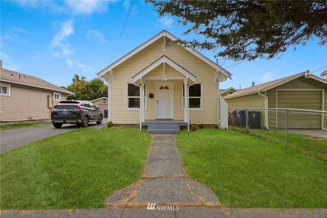 Photo of 5228 S Warner Street, Tacoma, WA 98409 (MLS # 1844571)