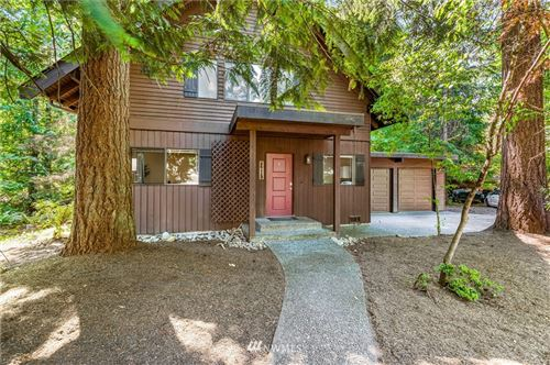 Photo of 26113 221st Place SE, Maple Valley, WA 98038 (MLS # 1813572)