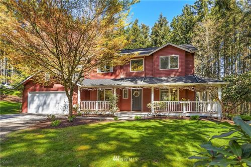 Photo of 7965 NE Walden Lane, Bainbridge Island, WA 98110 (MLS # 1749573)