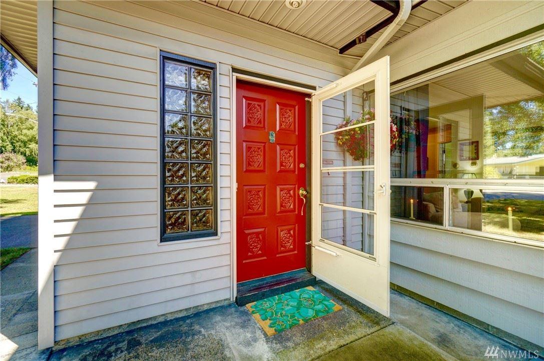 Photo of 705 Wallin Street, Bremerton, WA 98310 (MLS # 1622574)