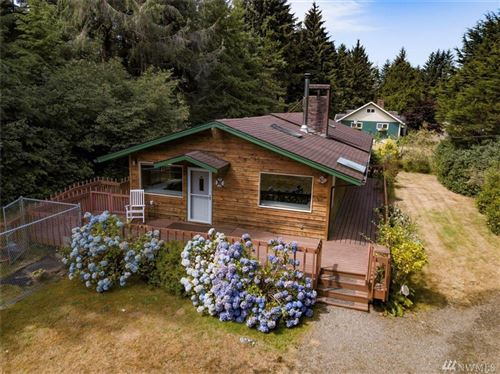 Photo of 2002 200th Lane, Ocean Park, WA 98640 (MLS # 1639575)