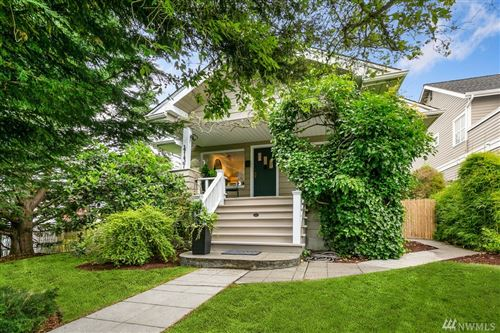Photo of 4137 40th Ave SW, Seattle, WA 98116 (MLS # 1626576)