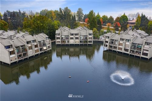 Photo of 6 Lake Bellevue Drive #112, Bellevue, WA 98005 (MLS # 1662576)