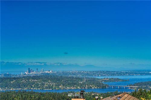 Photo of 5634 142nd Avenue SE, Bellevue, WA 98006 (MLS # 1640578)