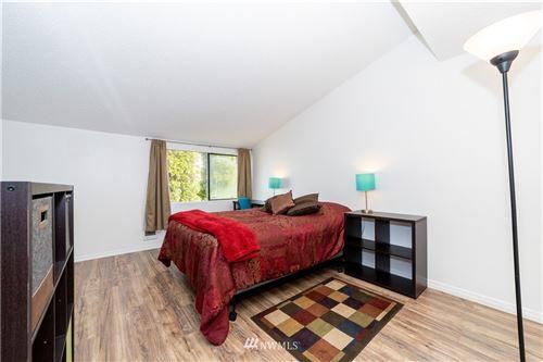 Photo of 12605 SE 42nd Street #605, Bellevue, WA 98006 (MLS # 1851578)