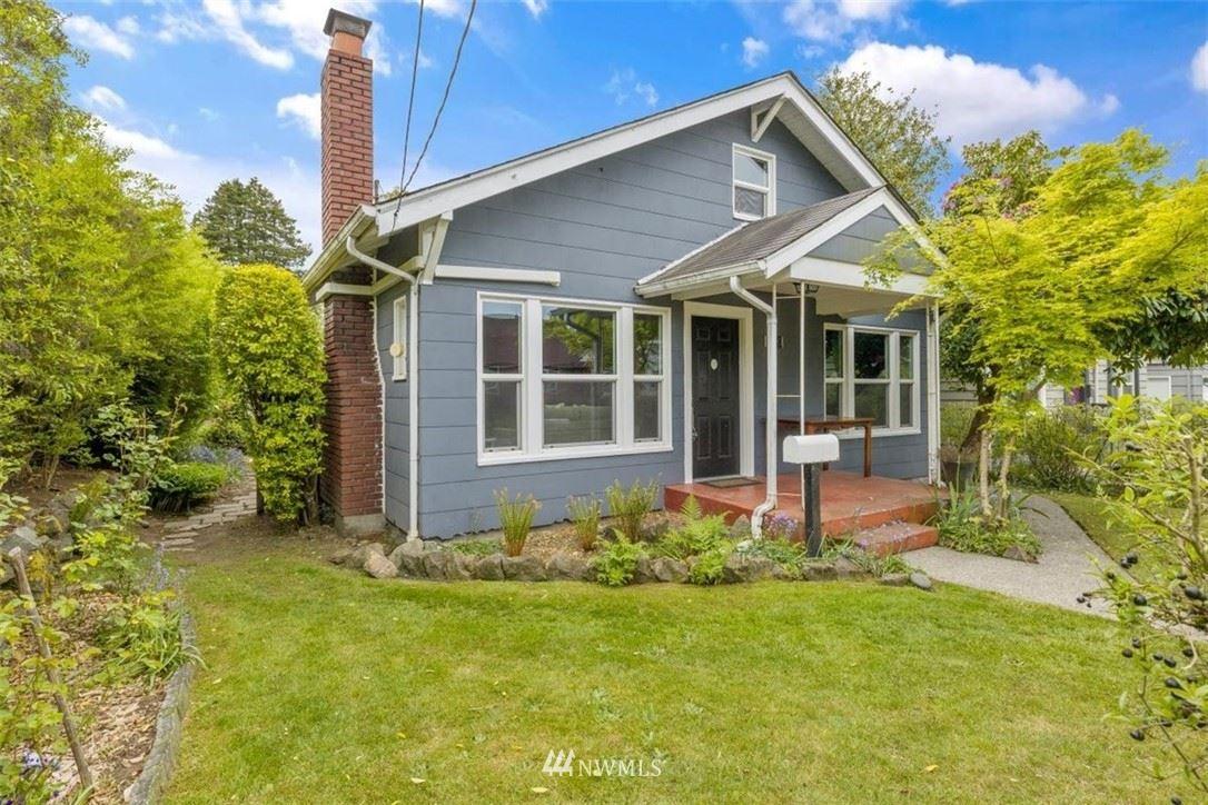 Photo of 539 NE 88th Street, Seattle, WA 98115 (MLS # 1770578)