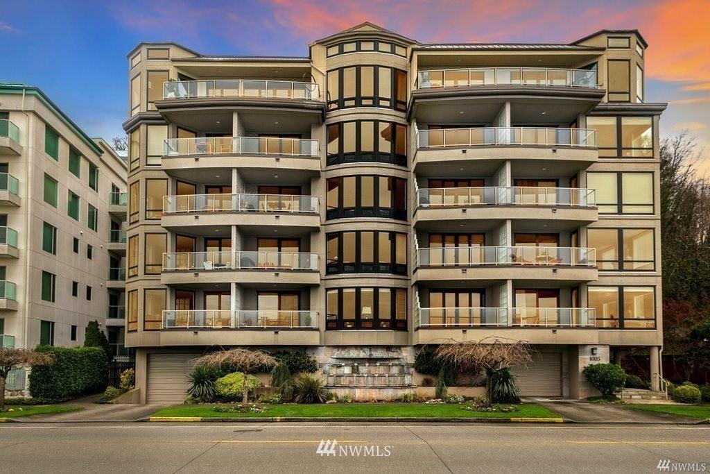 Photo of 1005 Harbor Avenue SW #303, Seattle, WA 98116 (MLS # 1675579)