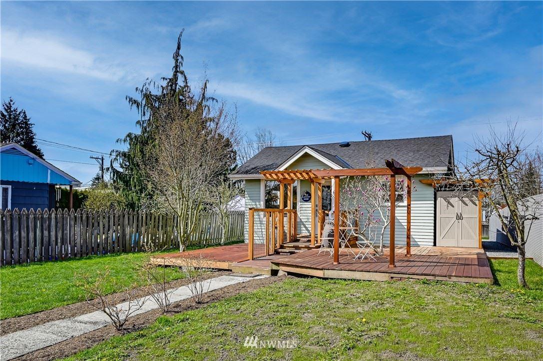 Photo of 1014 Lombard Avenue, Everett, WA 98201 (MLS # 1736579)