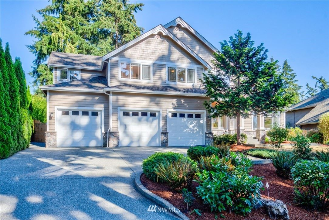 Photo of 3120 107th Place SE, Bellevue, WA 98004 (MLS # 1654580)