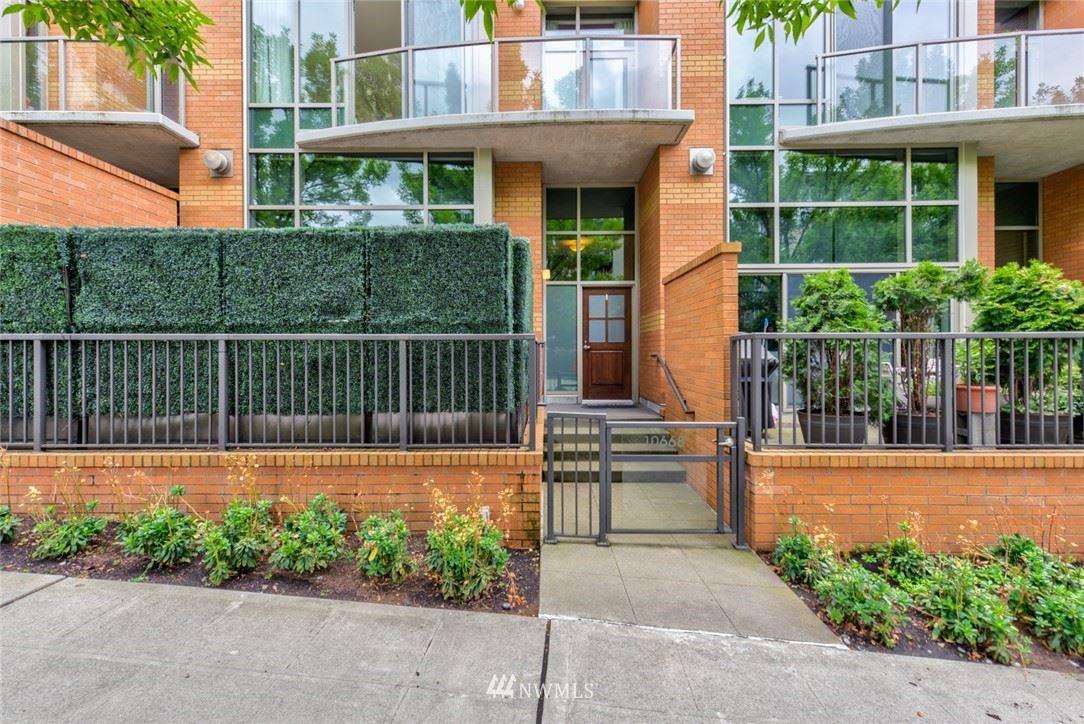 10610 NE 9th Place #TH16, Bellevue, WA 98004 - #: 1813580