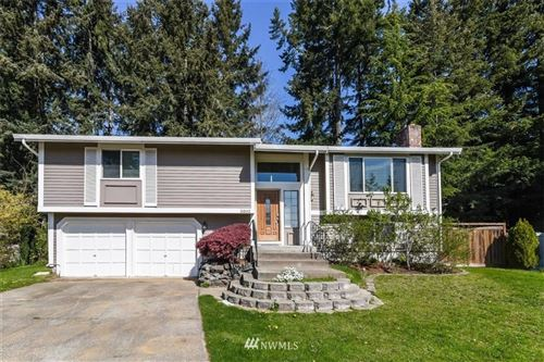 Photo of 5002 59th Avenue Ct W, University Place, WA 98467 (MLS # 1664581)