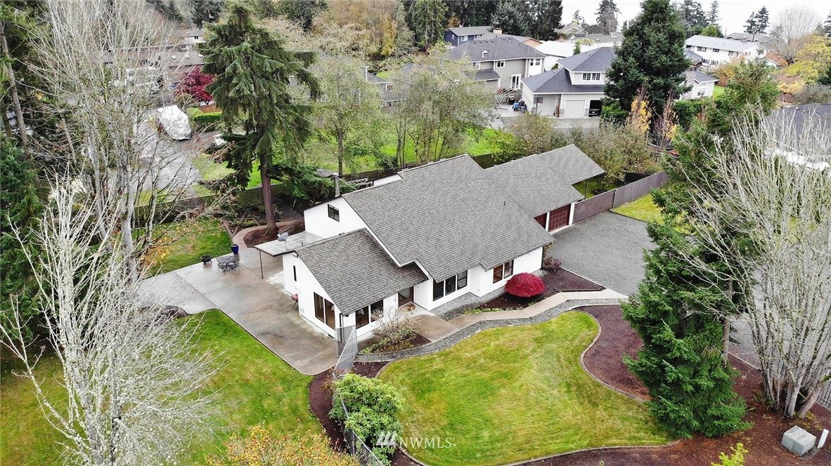 Photo of 1015 S 263rd Street, Des Moines, WA 98198 (MLS # 1692581)
