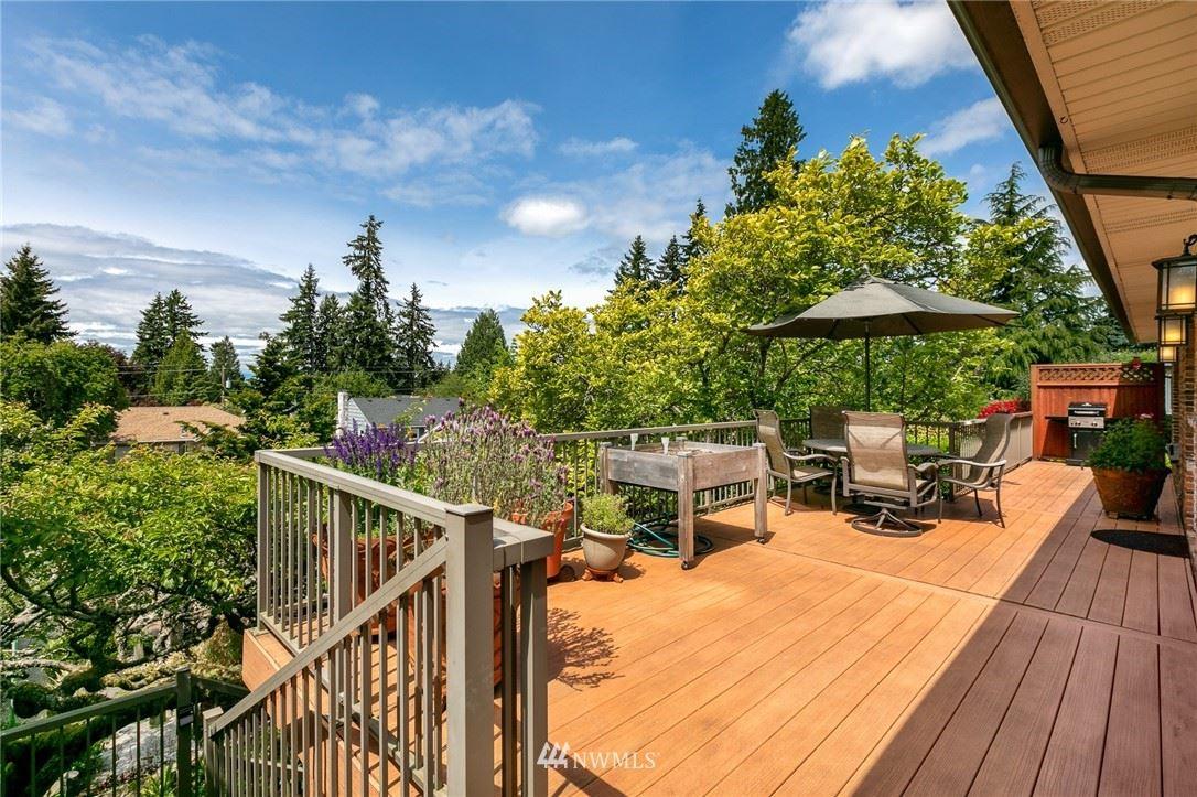 Photo of 11729 Palatine Avenue N, Seattle, WA 98133 (MLS # 1780583)