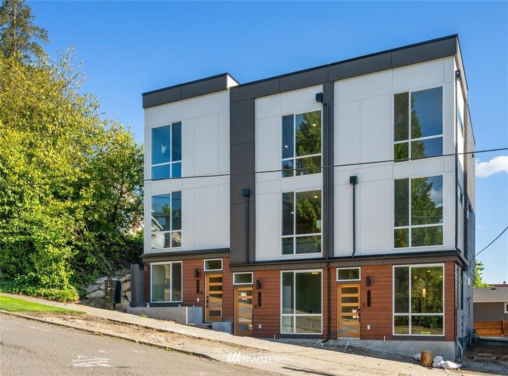 Photo of 2907 S Dearborn Street, Seattle, WA 98144 (MLS # 1778586)