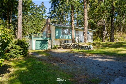 Photo of 353 Whispering Pine Lane, Oak Harbor, WA 98277 (MLS # 1753588)