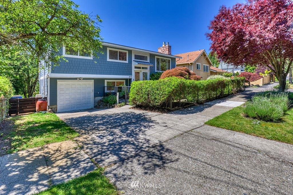 Photo of 819 Yakima Avenue S, Seattle, WA 98144 (MLS # 1780588)
