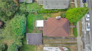 Photo of 825 NE 70th St, Seattle, WA 98115 (MLS # 1518589)
