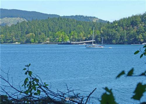 Photo of 52 Dock Road, Crane Island, WA 98243 (MLS # 1573590)