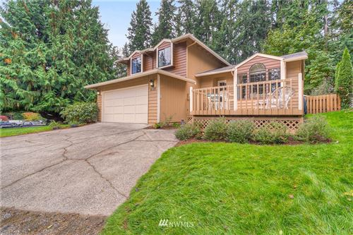 Photo of 6122 190th Avenue E, Lake Tapps, WA 98391 (MLS # 1683590)