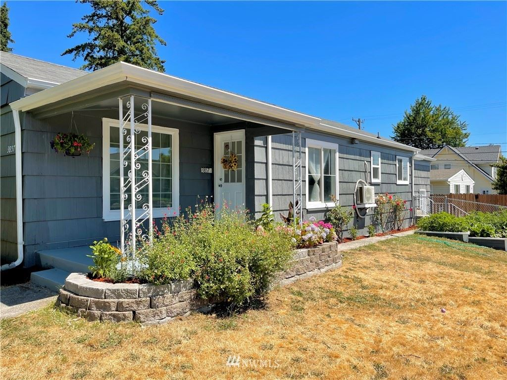 3857 Tacoma Avenue S, Tacoma, WA 98418 - #: 1811591