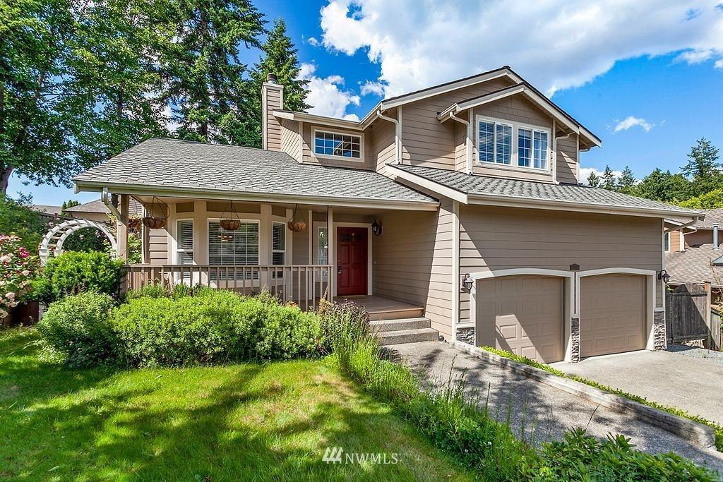 Photo of 2114 S 373rd Court, Federal Way, WA 98003 (MLS # 1791592)