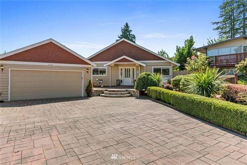 Photo of 17123 NE 8th Place, Bellevue, WA 98008 (MLS # 1853593)