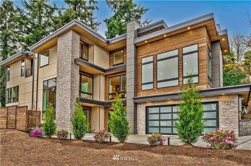 Photo of 10426 NE 43rd Street, Kirkland, WA 98033 (MLS # 1755594)
