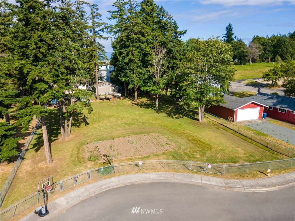Photo of 3905 Stankus Place, Anacortes, WA 98221 (MLS # 1795594)