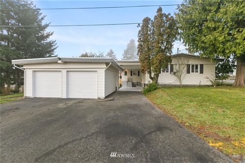 Photo of 2613 NE 6th Place, Renton, WA 98056 (MLS # 1719599)