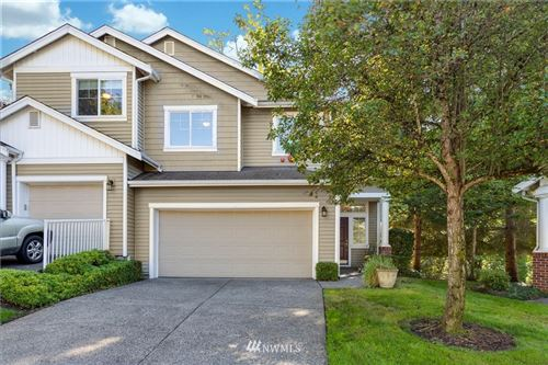 Photo of 101 S 50th Place #D, Renton, WA 98055 (MLS # 1668601)