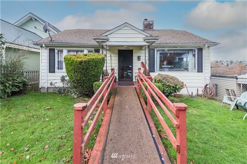 Photo of 1509 30th Avenue, Seattle, WA 98122 (MLS # 1693602)