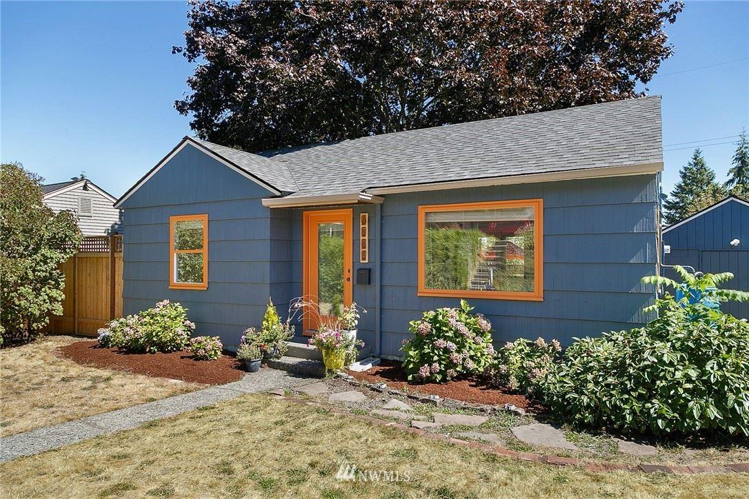Photo of 9722 33rd Avenue SW, Seattle, WA 98126 (MLS # 1656602)
