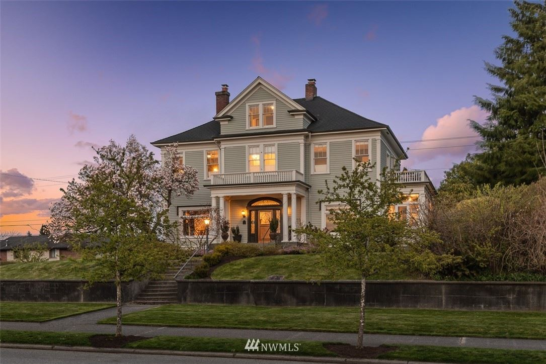 Photo of 2201 Rucker Avenue, Everett, WA 98201 (MLS # 1752602)