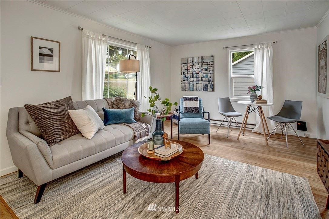 Photo of 10026 35th Avenue SW, Seattle, WA 98146 (MLS # 1783603)