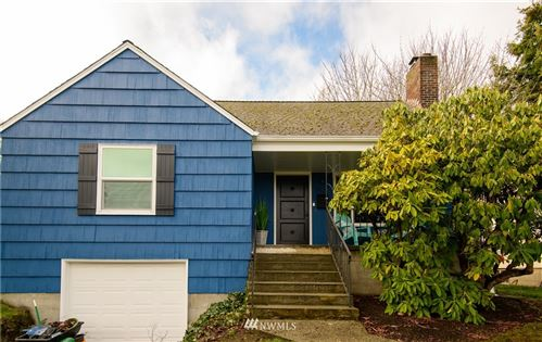 Photo of 7523 35th Avenue NE, Seattle, WA 98115 (MLS # 1733605)