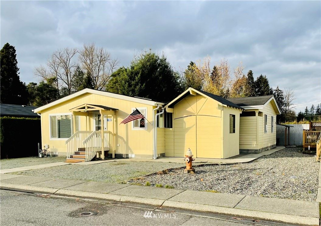 Photo of 869 Carriage Court #28, Sedro Woolley, WA 98284 (MLS # 1691605)