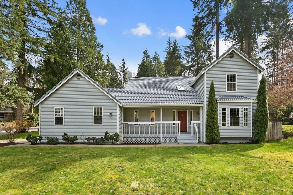 Photo of 22304 34th Place W, Brier, WA 98036 (MLS # 1751605)