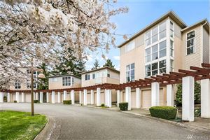 Photo of 2731 124th Ave SE, Bellevue, WA 98005 (MLS # 1541608)