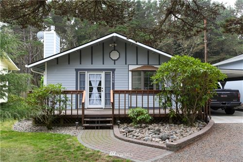 Photo of 1406 194th, Long Beach, WA 98631 (MLS # 1672608)